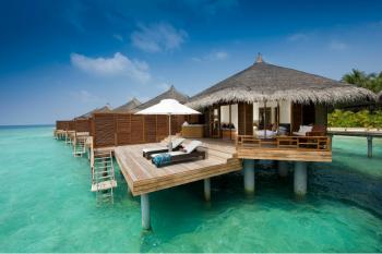 ASOMBROSA MALDIVAS HOTEL KURAMATHI